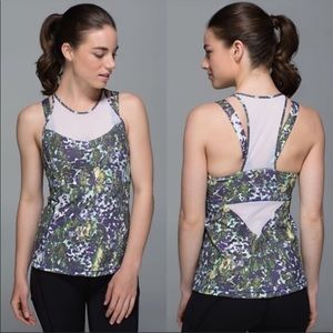 Lululemon Running In The City Tank Top - Size 6